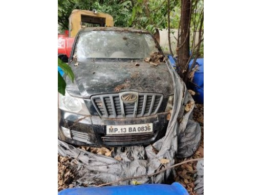 13-GIL-13 - Body- XYLO (Mahindra) Scrap (MP-13-BA-0836) (RC book available, Transfer buyers scope)